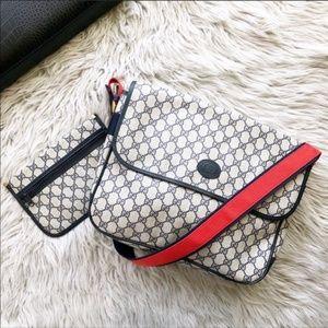 Gucci Vintage GG Supreme Monogram Messenger Bag